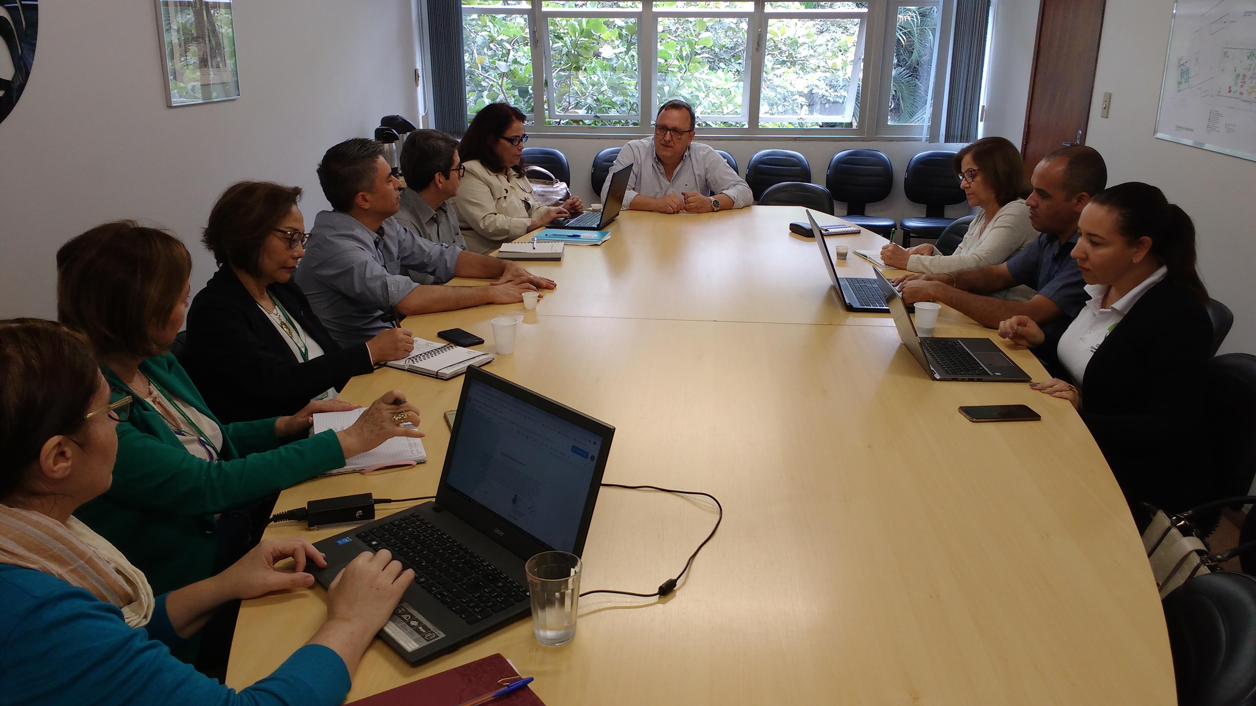 Laboratório de Inovação e Pesquisas para Saúde define as primeiras atividades; projeto de educação continuada começa em agosto