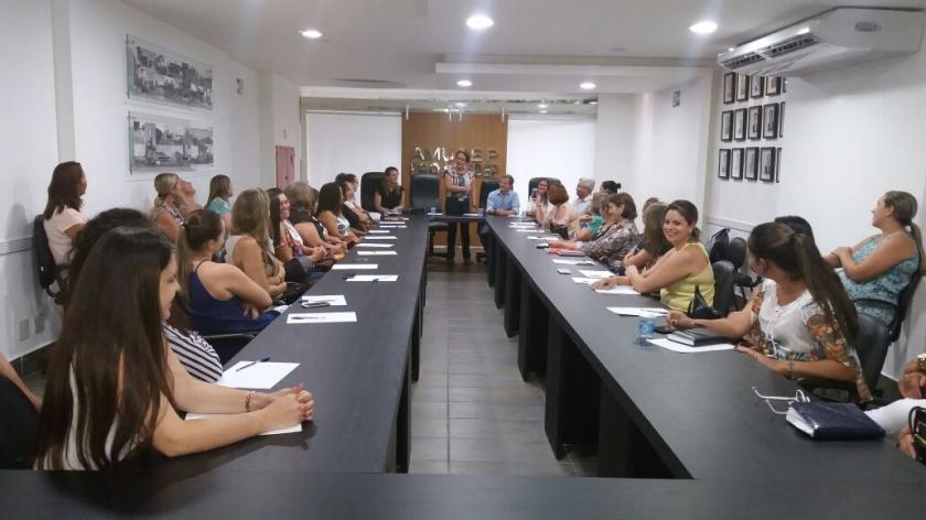Reunião com as primeiras-damas e representantes da ação social
