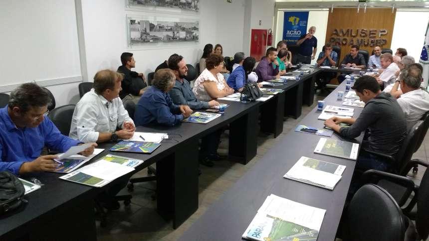 Iniciada discussão sobre pauta única de reivindicação para os candidatos às eleições de outubro
