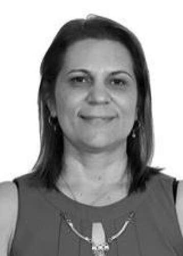 Leila de Castro Oliveira