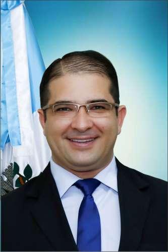 Ademir Luiz Maciel - (Dê)